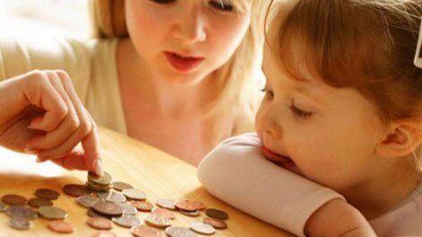 Сколько с зарплаты высчитывают алименты