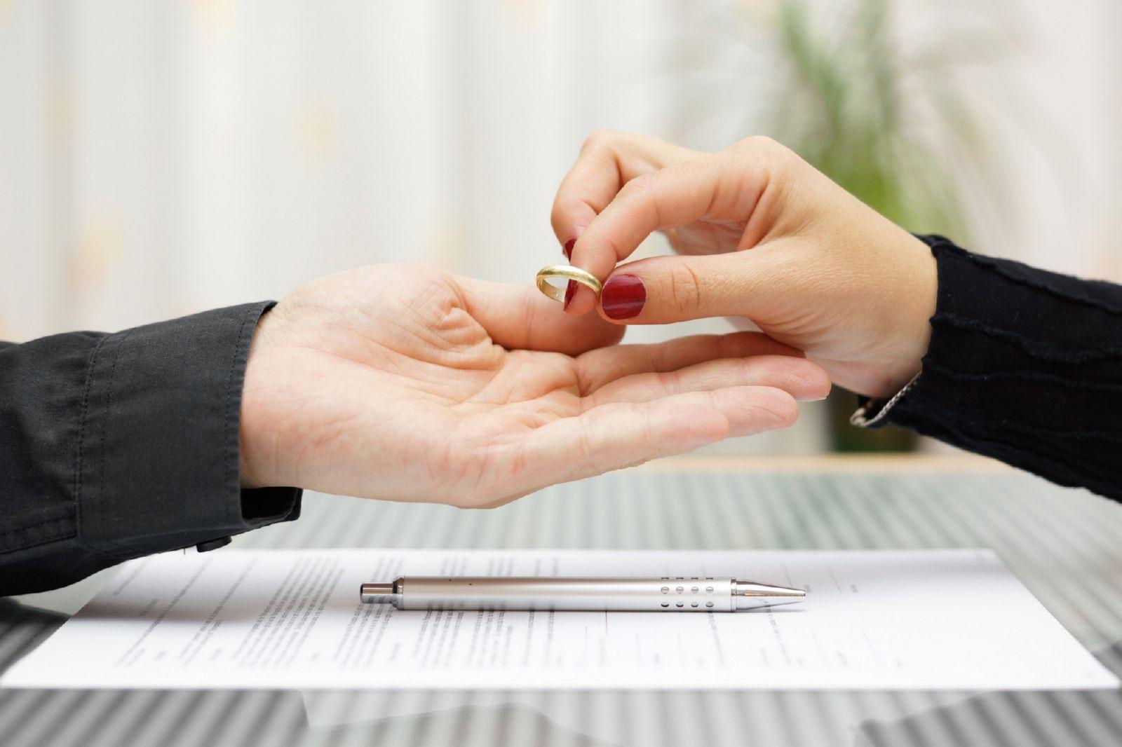 Как развестись с мужем имея. Развод без согласия мужа: закон на стороне женщины