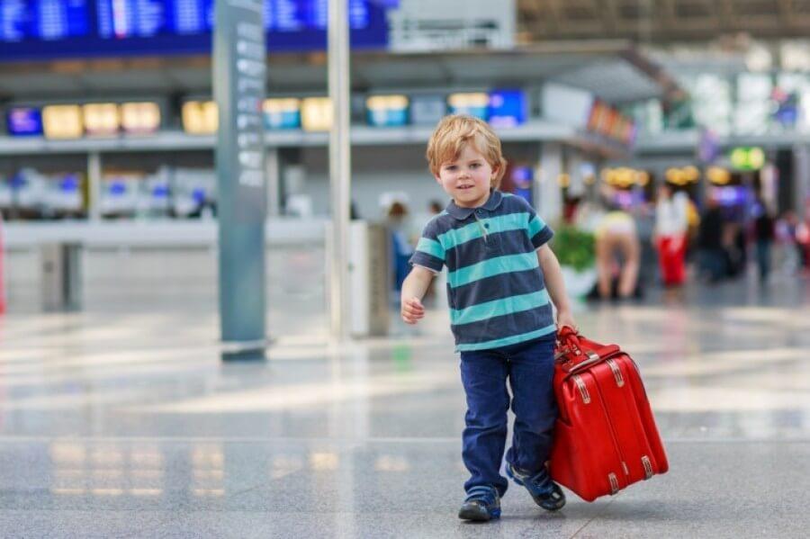 Особенности выезда за границу с детьми