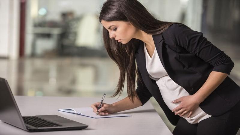 Входит ли декретный отпуск в трудовой стаж для начисления пенсии